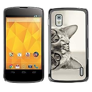 Cubierta de la caja de protección la piel dura para el LG GOOGLE NEXUS 4 / E960 - cat peeking black white eyes ears