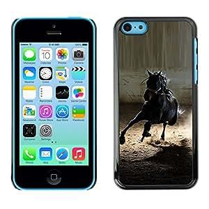 Mustang Caballo Negro salvaje semental Galope- Metal de aluminio y de plástico duro Caja del teléfono - Negro - iPhone 5C