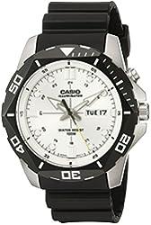 Casio Men's MTD-1080-7AVCF Super Illuminator Diver Digital Display Quartz Black Watch