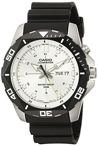 (Casio Men's MTD-1080-7AVCF Super Illuminator Diver Digital Display Quartz Black Watch)