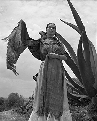 ClassicPix Photo Print 20x24: Frida Kahlo (Senora Diego Rivera) Standing Next to an Agave Plant.