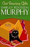 Cat Bearing Gifts (Joe Grey Mysteries)