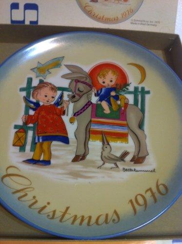 Schmid Berta Hummel 1976 Christmas Plate