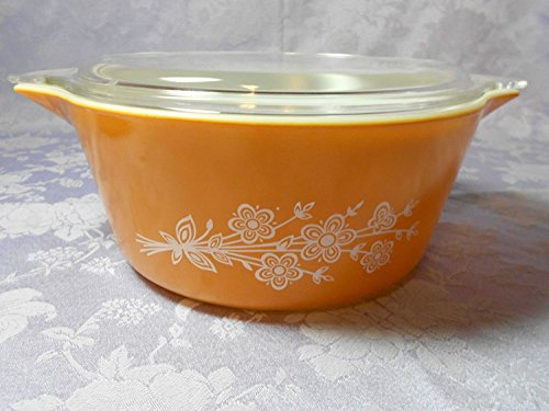 Vintage Pyrex (2.5 Qt) Butterfly Gold Casserole Baking Dish with Lid (#475)