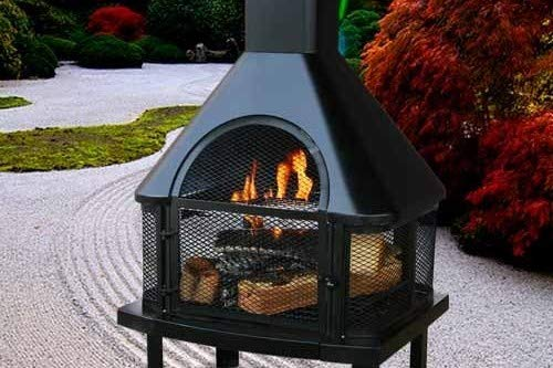 Amazon Com Uniflame Firehouse With Chimney Black Garden Outdoor