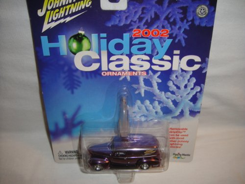 JOHNNY LIGHTNING 1:64 HOLIDAY CLASSIC ORNAMENTS 2002 EDITION PURPLE 1940 FORD SEDAN DELIVERY DIE-CAST COLLECTIBLE