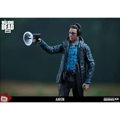 McFarlane Toys The Walking Dead TV Show Series 10 Aaron Exclusive Action Figure 5 Inches: Toys & Games
