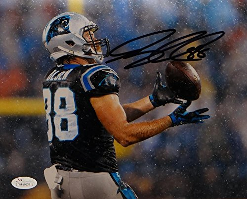 Greg Olsen Signed Carolina Panthers 8x10 Photo Rain Photo- JSA Certified ()