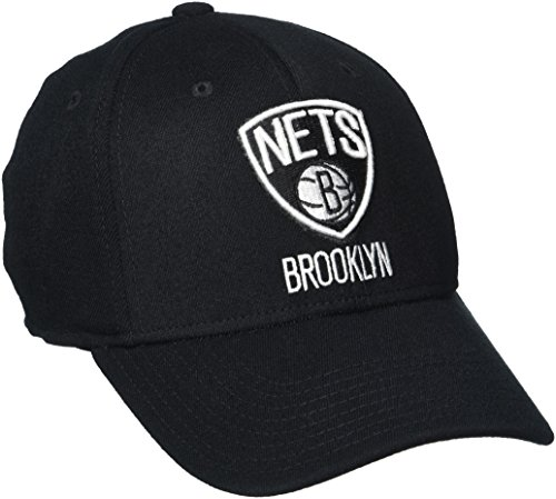 (NBA Brooklyn Nets Men's Structured Flex Cap, Small/Medium, Black)