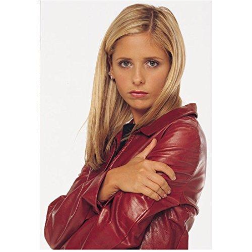 - Buffy the Vampire Slayer 8x10 Photo Sarah Michelle Gellar Red Leather Jacket Pose 1 kn