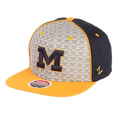 Zephyr NCAA Michigan Wolverines Men's Reflector Snapback Hat, Silver/Navy, Adjustable (Michigan Ncaa Wolverines Fiber)