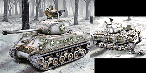 Collector's Showcase World War 2 American Battle of the Bulge CS00937 U.S. Sherman Tank set 1:30 Scale Mixed Media