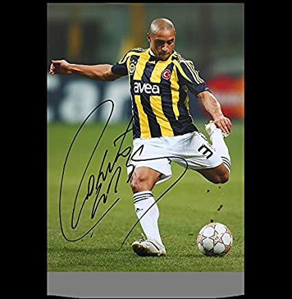 best service 8f270 05db5 Roberto Carlos Autographed Signed Fenerbahce 12x18 Photo ...