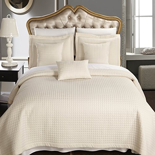 Contemporary Bedding Ensembles - Elegant and Contemporary Quilt/Coverlet Bed in a Bag, Exquisite Bed Ensemble Includes Quilt/Coverlet Set and Solid Sheet Set, 7PC California King Bed Size Set, Ivory Quilt/Coverlet Bedding