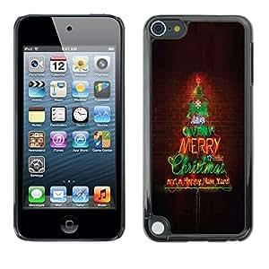 TopCaseStore / la caja del caucho duro de la cubierta de protección de la piel - Merry Christmas Tree Lights Brick Wall - Apple iPod Touch 5