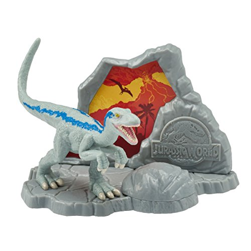 Jurassic World Fallen Kingdom Cake Decorating Set