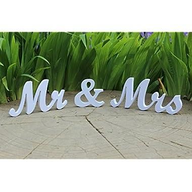 Medium size freestanding wooden words Mr & Mrs 10cm tall (white)
