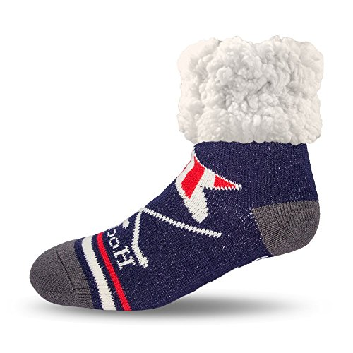 Pudus hockey USA adult regular cozy winter classic slipper socks with grippers ()