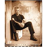 Stargate SG-1 Richard Dean Anderson as Jack O'Neill Candid Seated in Corner 8 x 10 Photo