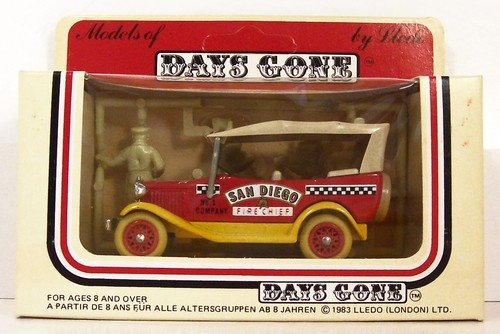 Vintage 1983 Lledo Models of Days Gone Ford Model A San Diego Fire Chief Red/Tan Roof - San Ford Tan