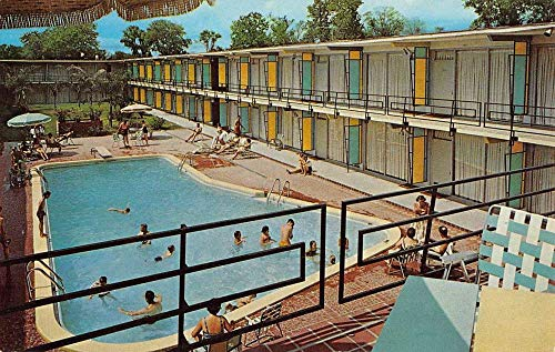 New Orleans Louisiana Holiday Inn Pool View Vintage Postcard K431451
