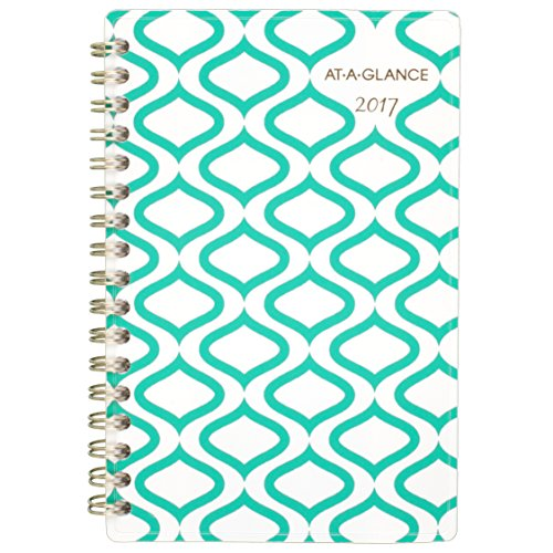 AT-A-GLANCE Weekly / Monthly Pocket Planner / Appointment Book 2017, 3-7/8 x (3.875 Pocket)