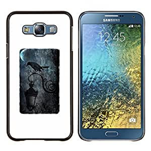 KLONGSHOP // Cubierta de piel con cierre a presión Shell trasero duro de goma Protección Caso - Negro Luna Lluvia oscuro Farola - Samsung Galaxy E7 E700 //