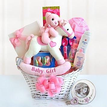 Amazon.com: Bienvenida deseos new baby Chica cesta de regalo ...