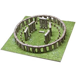 Stonehenge model kit 1:135