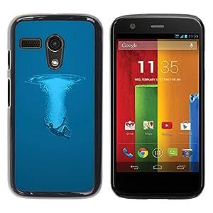 Qstar Arte & diseño plástico duro Fundas Cover Cubre Hard Case Cover para Motorola Moto G1 / X1032 ( Swim Ocean Sea Man Deep Blue Art Symbolic)