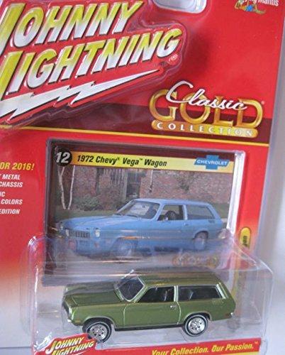Johnny Lightning 2016 WHITE LIGHTNING CHASE Classic Gold Collection 1972 Chevy Vega Wagon - Vega Wagon Chevrolet