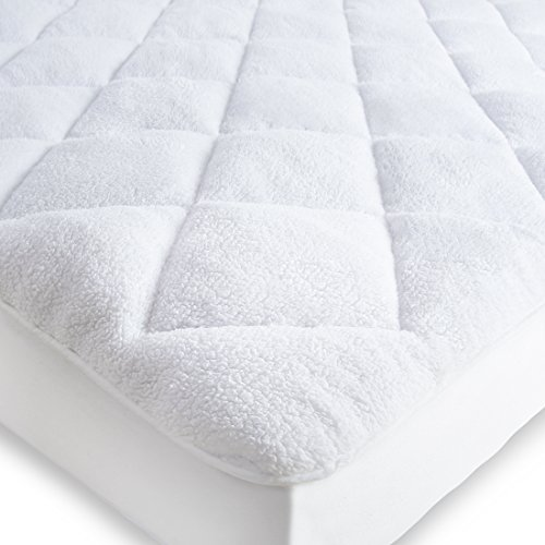 Abakan Superior Double-Sided Mattress Pad Cover, Stretches up to 8-21 Inches Deep, Down Alternative Quilted Warm White Mattress Topper(Reversible ,Full)