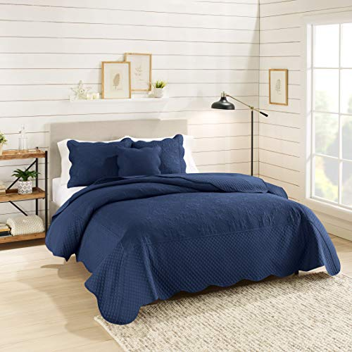 Nestl Bedding 4-Piece Quilted Damask Microfiber Queen Quilt Set with Pillow Shams, Navy Blue