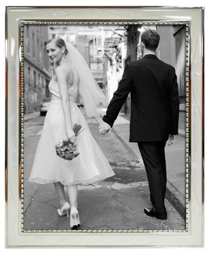MCS 5x7 Inch Metal Frame with Decorative Beading and White E