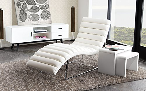 Chaise Lounge in White