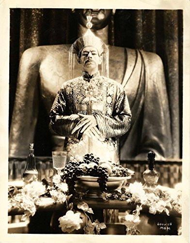 [MASK OF FU MANCHU, THE (1932) Vintage original 8x10 photo ft. Boris Karloff in costume] (Fu Manchu Costumes)