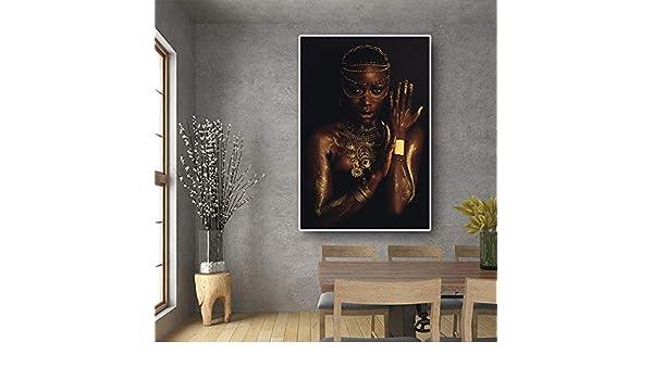 xingbu Mujer Africana Desnuda Negra y Dorada con Collar ...