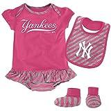 MLB New York Yankees Infant Girls Bib & Booty Set, 18 Months, Poster Pink