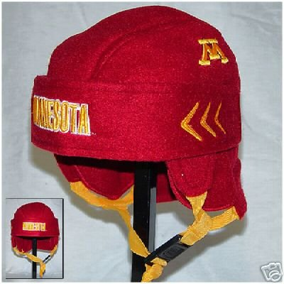 7e0c9eb68 Amazon.com   MINNESOTA GOLDEN GOPHERS HOCKEY HELMET HAT CAP NEW FUN    Sports Related Merchandise   Sports   Outdoors