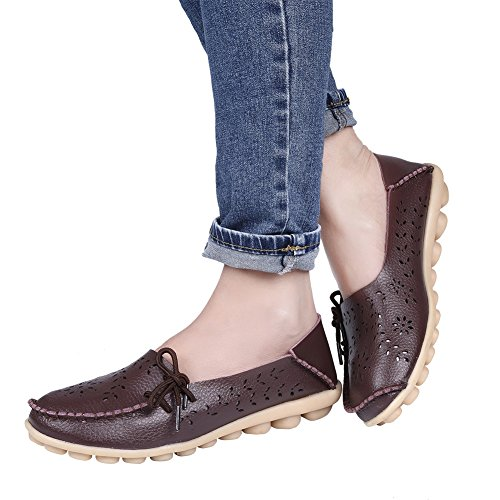 Pinpochyaw Womens Moccasin Leather Loafers Shoes Wild Driving Casual Flats Brown1