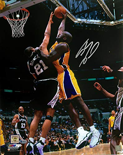 Shaquille Oneal Autographed Signed Memorabilia Los Angeles Lakers 16x20 Dunk Vs Spurs Photo Bas - Certified Authentic