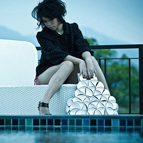 Handtasche ca. 44,5 x 56 x 15,5 cm / 3 Innenfächer Umhängetasche Markentasche Blossom Designertasche Shopper weiss schwarz Dreieck groß Tasche Shoppingbag
