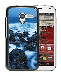 New Beautiful Custom Designed Cover Case For Motorola Moto X With Sea Rock Covered In The Mist Phone Case