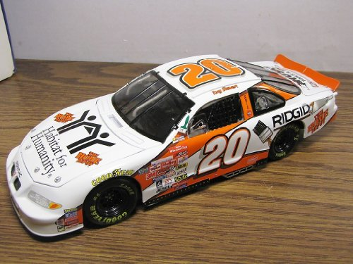 1/18 #20 Tony Stewart 1999 Home Depot Habitat For Humanity Pontiac -