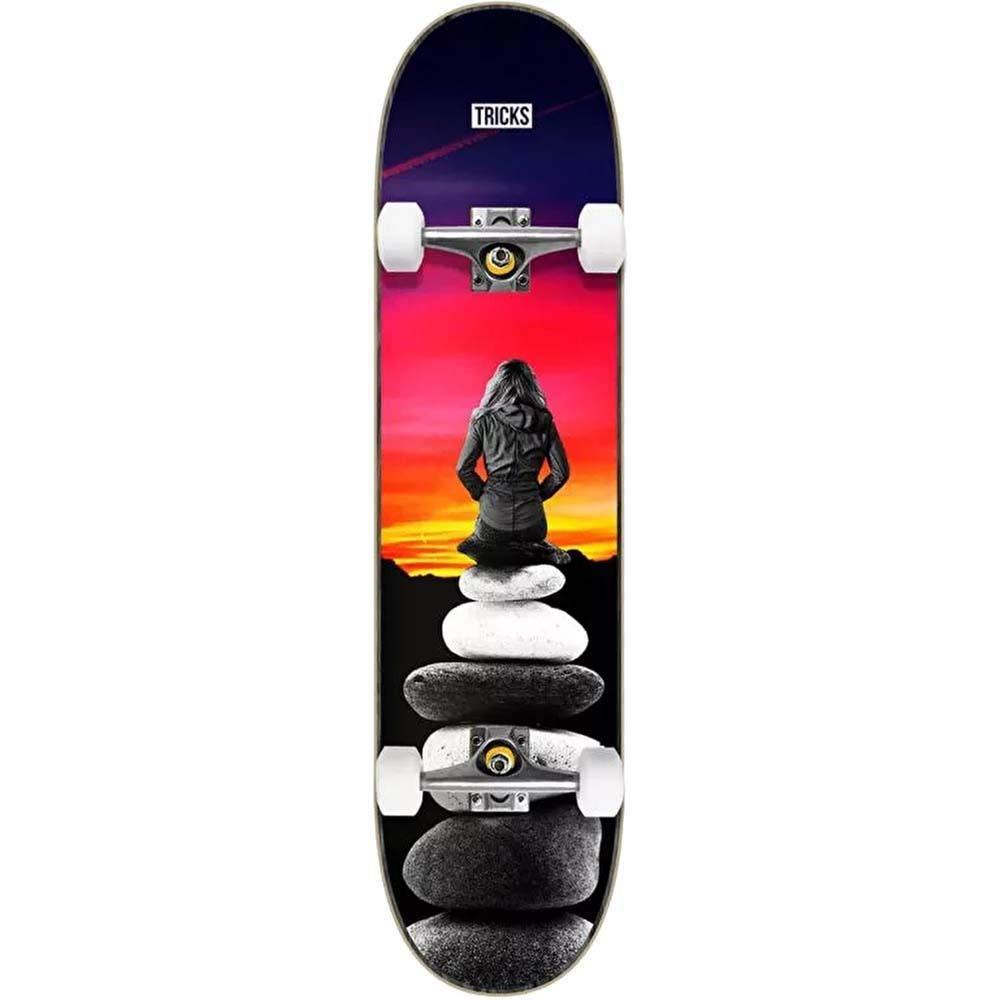 8 Tricks Landscape Complete Skateboard