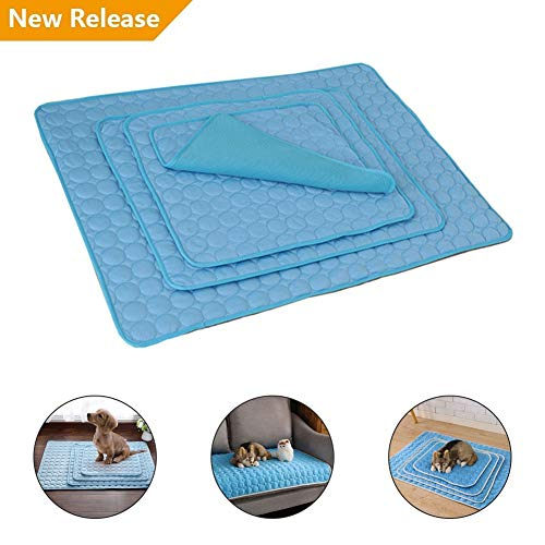 (Scarecrew Dog Pet Cooling Pad New Non-Toxic Coolcore Material Keep Pet Cool No Need to Freeze Or Chill Pet Sleep Mat for Indoors Outdoors Sofa Bed Floor or in The Car)