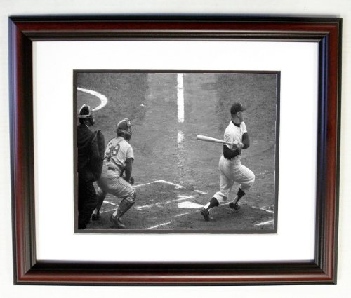 (Mickey Mantle NY Yankees 8x10 Photo 11x14 Cherry Frame #801)