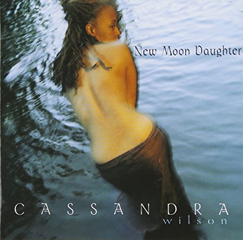 Price comparison product image New Moon Daughter