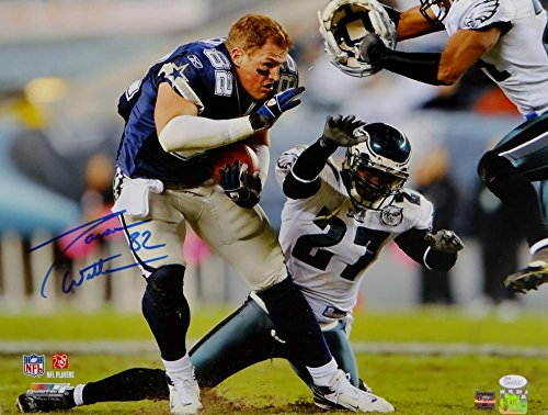 Jason Witten Autographed Dallas Cowboys 16x20 Helmet Off PF. Photo- JSA W (Autographed Dallas Cowboys 16x20 Photo)