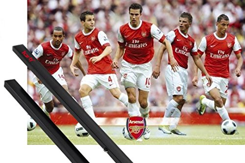 1art1 Poster + Hanger: Football Poster (36x24 inches) Arsenal, Players 10/11 and 1 Set of Black Poster Hangers